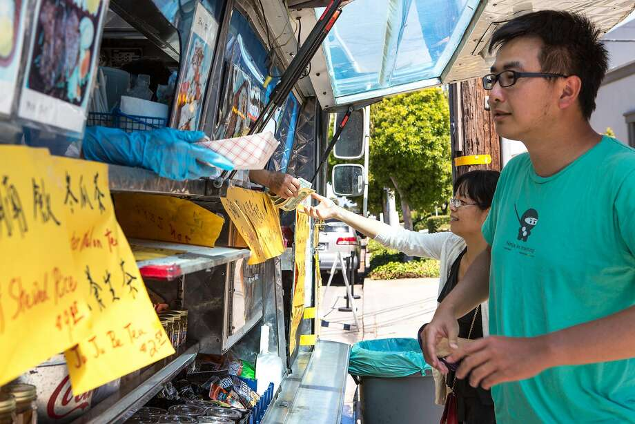 What should you tip on food truck orders? Photo: Amy Osborne, Special To The Chronicle