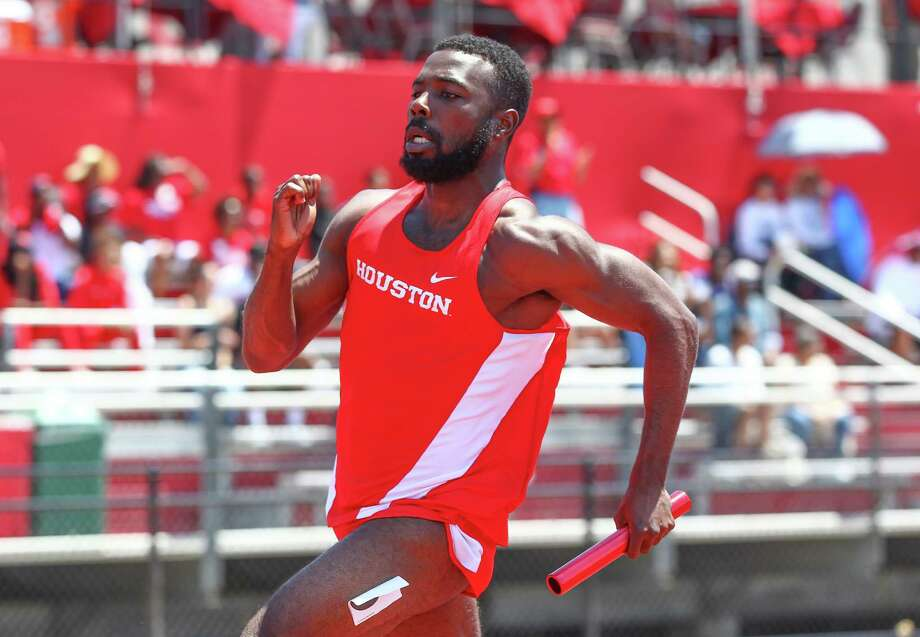 Cameron Burrell broke his father's school record for the 100-meter dash on Wednesday. Photo: Robert L. Townsend 713-253-1047