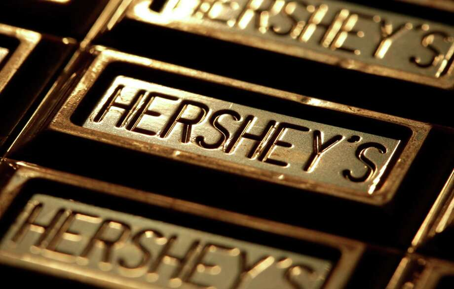 Hershey, the huge chocolate maker, says that it has no appetite for a merger offer from Mondelez International, the owner of Oreo cookies and other brands, but experts say that Mondelez is likely to continue its acquisition efforts. Photo: Charlie Riedel, STF / A2011