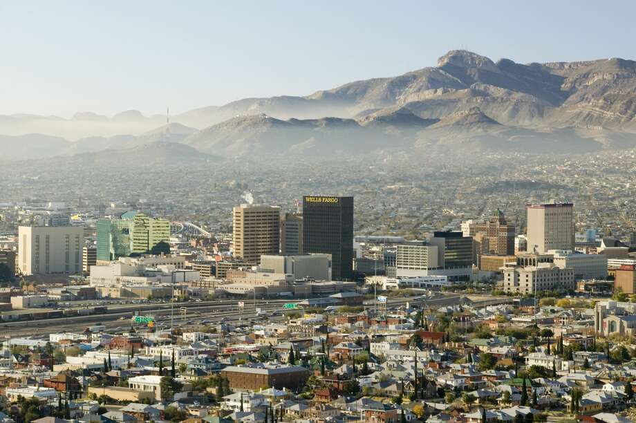 Haze hovers over downtown El Paso Texas looking toward Juarez, Mexico in this 2006 photo.  Photo: Visions Of America/UIG Via Getty Images, Getty Images