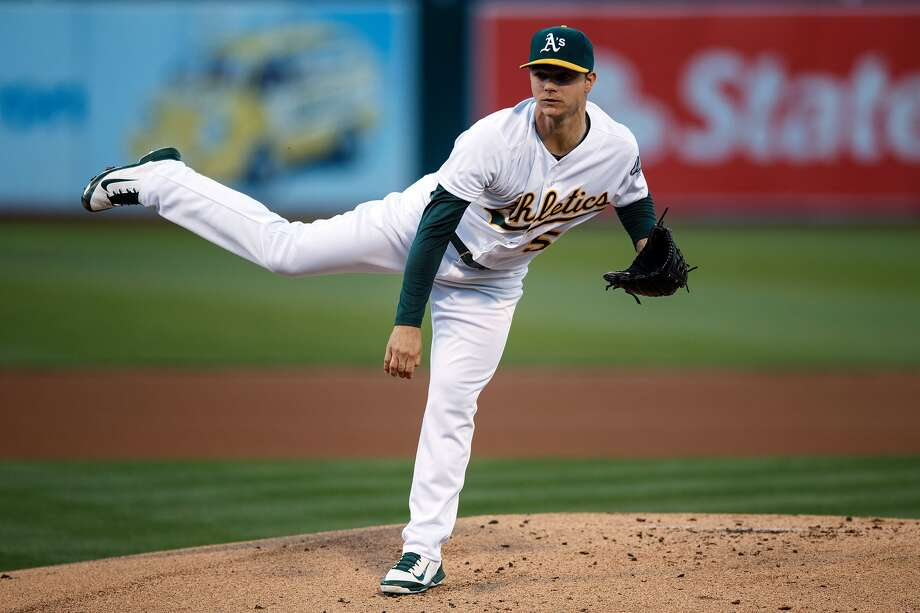 OAKLAND, CA - JUNE 21: Sonny Gray #54 of the Oakland Athletics pitches against the Milwaukee Brewers during the first inning at the Oakland Coliseum on June 21, 2016 in Oakland, California. The Oakland Athletics defeated the Milwaukee Brewers 5-3. (Photo by Jason O. Watson/Getty Images)
