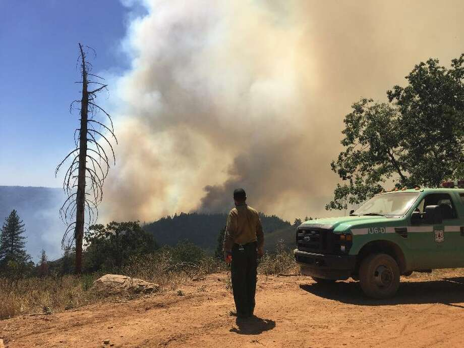 The Trailhead fire burning in Placer and El Dorado counties in the Sierra foothills had grown to 2,151 acres Friday and prompted the evacuations of 1,650 people. The blaze was just 12 percent containes Photo: US Forest Service / /