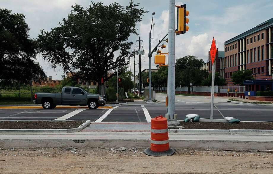 Houston has become much better at producing walkable destinations like Buffalo Bayou Park, with better infrastructure like this new intersection and crosswalk at Allen Parkway and Gillette. Photo: James Nielsen, Houston Chronicle / © 2016  Houston Chronicle