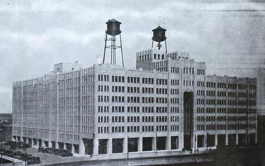 The Merchants and Manufacturers Building in the 1930s. It's now the University of Houston-Downtown's Main Building. Photo: University Of Houston-Downtown Archives