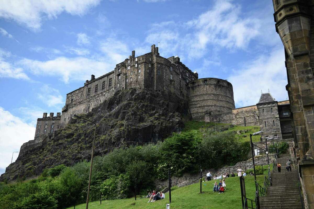 WHAT ARE THE CHEAPEST PLACES TO TRAVEL TO EUROPE IN THE SUMMER?Edinburgh, ScotlandAttractions: Edinburgh Palace, Old TownSource: Kayak