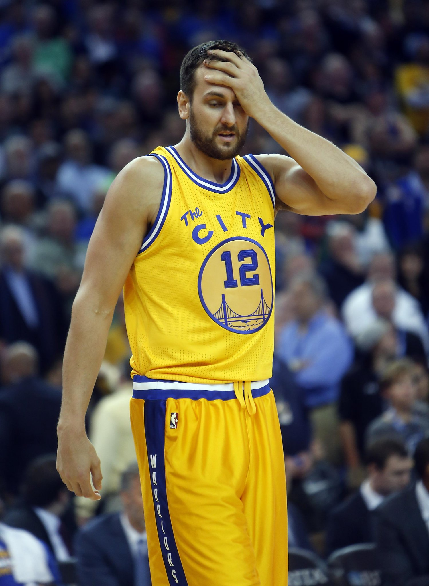 Andrew Bogut's Twitter secretly broke the Kevin Durant news to the world