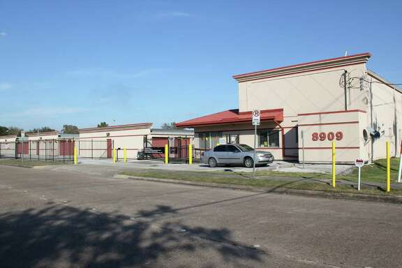 Westport Properties has purchased Texas Self Storage facility at 8909 Hinman The property consists of 30 climate controlled units, 453 non-climate controlled units and 35 covered parking units. The property was built in 1975 and renovated in 2008.