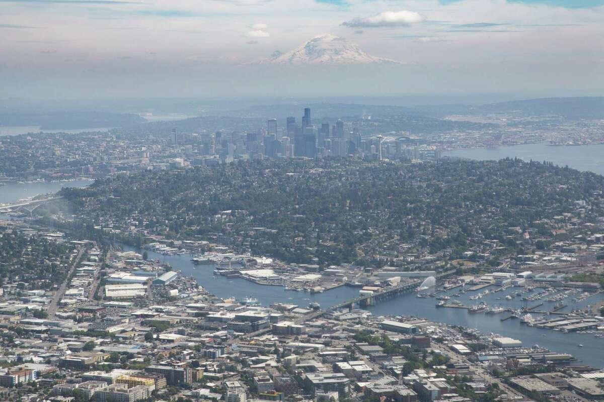Seattle's citywide stats, from January through December 2018:Homicide: 32Rape: 267Robbery: 1,691Aggravated assault: 2,698Arson: 102Burglary: 8,014Theft: 26,509Car theft: 3,999Now see the numbers and priorities for your neighborhood. If you want to figure out which