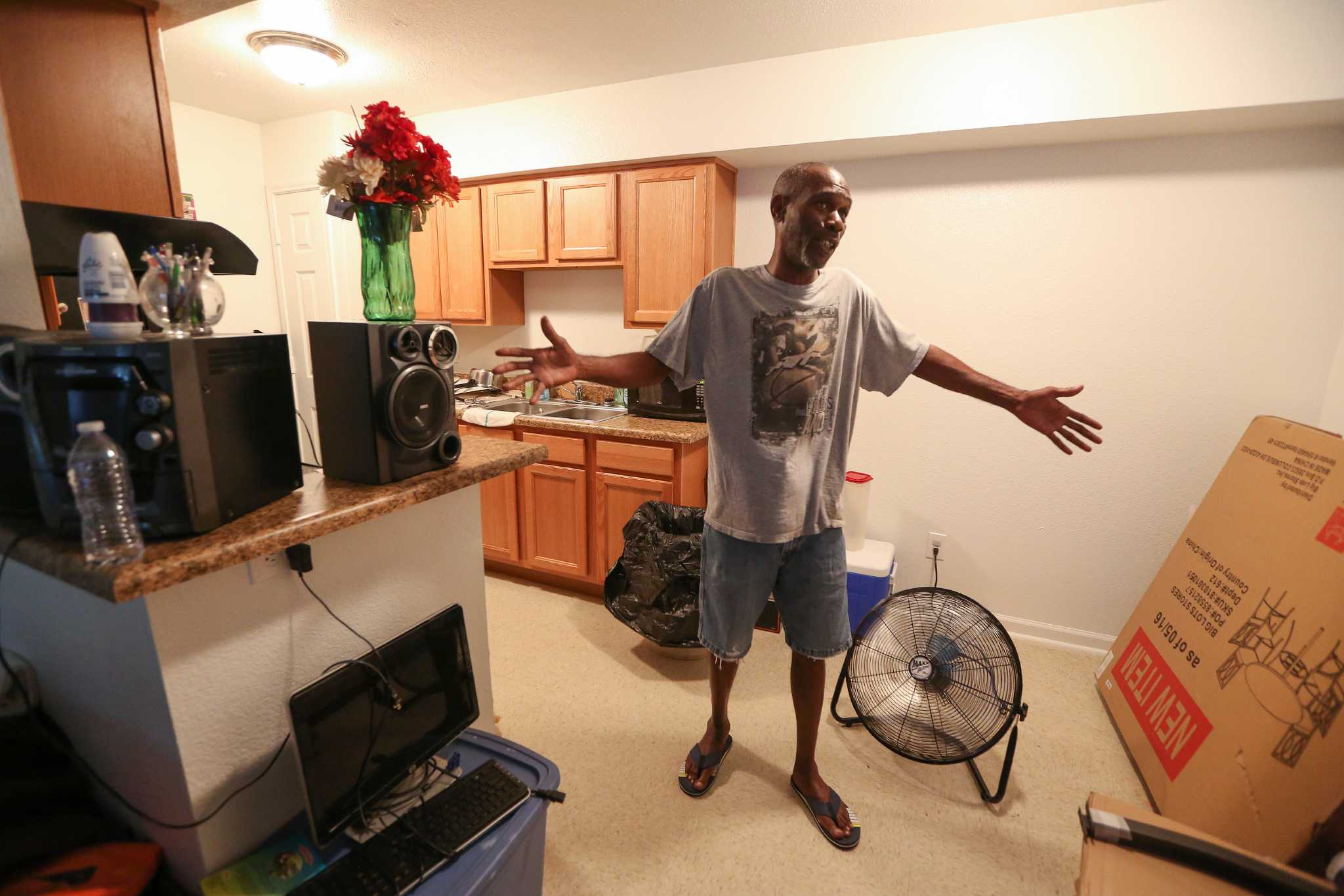 Some Greenspoint area flood victims face a crippling
