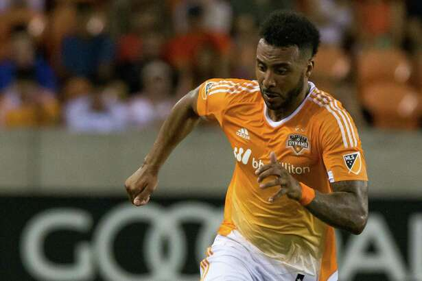 Houston Dynamo forward Giles Barnes (10) pushing the ball during the second half of action between the between the Houston Dynamo and the Philadelphia Union during an MLS soccer game at BBVA Compass, Saturday, July 02, 2016, in Houston. Houston Dynamo defeated Philadelphia Union 1-0. (Juan DeLeon/for the Houston Chronicle )