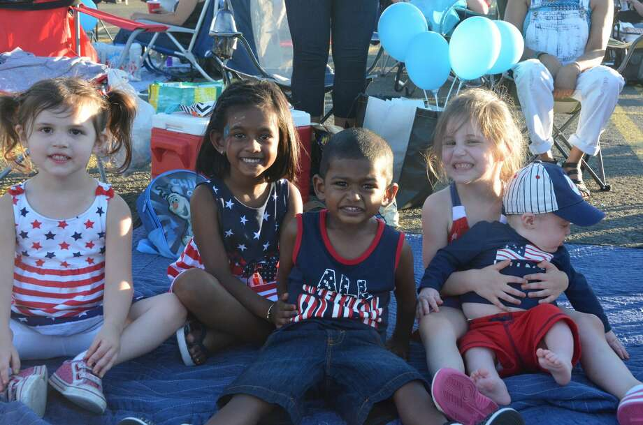 The annual Danbury Fair Mall Independence Day fireworks show was held on July 2, 2016. The mall's overflow parking lot was open for tailgating, live music, games for the kids, beer, a food tent and more. Were you SEEN? Photo: Vic Eng / Hearst Connecticut Media Group