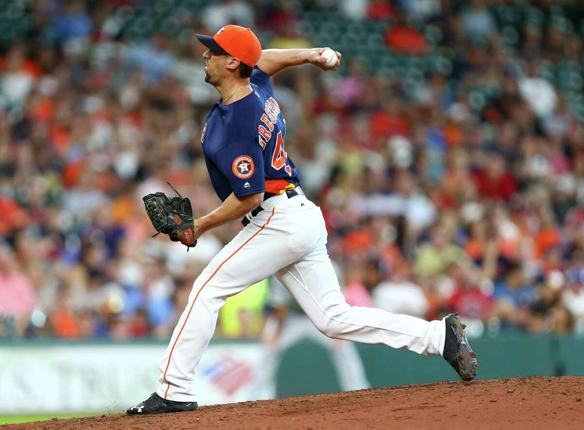 Houston Astros relief pitcher Luke Gregerson (44) pitches during the eighth inning of an MLB game at Minute Maid Park, Sunday, July 3, 2016, in Houston.