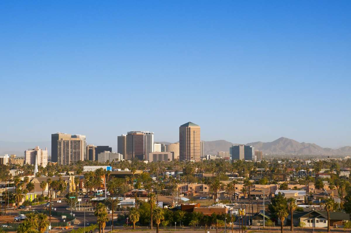 2. Scottsdale, Ariz. Total Score: 66.19 Health Resolutions rank: 7 Financial Resolutions rank: 6 School & Work Resolutions rank: 2 Bad Habit Resoutions rank: 26 Relationship Resolutions rank: 28 Scottsdale is tied for first in most parkland acres per capita. Source: WalletHub