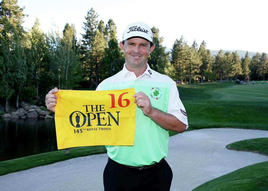 RENO, NV - JULY 03:  Greg Chalmers of Australia holds up the flag signifying he is the last player to qualify  for The Open Championship during the final round of the Barracuda Championship at the Montreux Golf and Country Club on July 3, 2016 in Reno, Nevada.  (Photo by Todd Warshaw/Getty Images) ORG XMIT: 592320007 Photo: Todd Warshaw / 2016 Getty Images