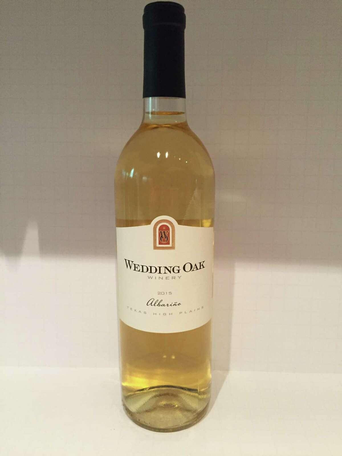 2015 Wedding Oak Winery Albarié±o
