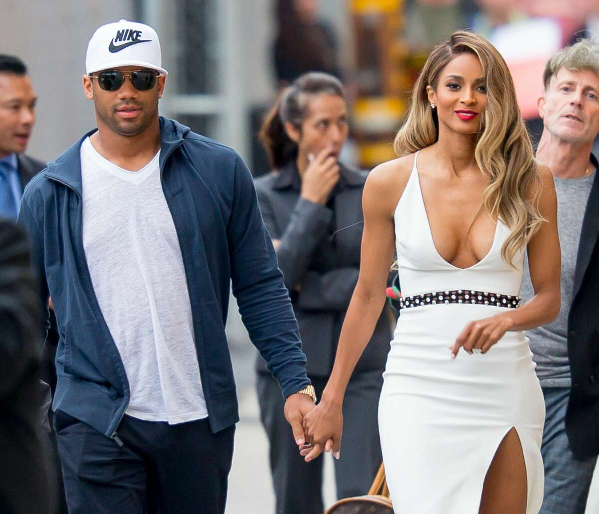 Ciara posts half-naked photos  taken by Russell Wilson