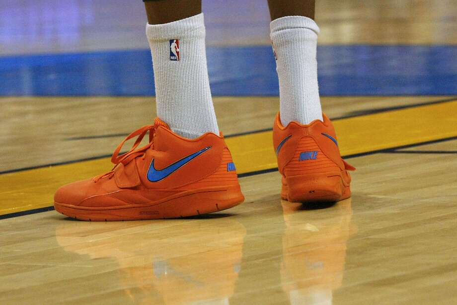 0d7e7691545b Oklahoma City Thunder s Kevin Durant debuts his new Nike shoes in the first  quarter of an