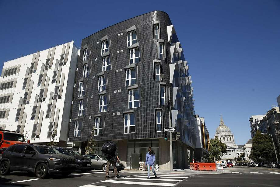 388 Fulton in the Hayes Valley neighborhood in San Francisco, Calif., on Thursday, June 23, 2016. Photo: Scott Strazzante, The Chronicle