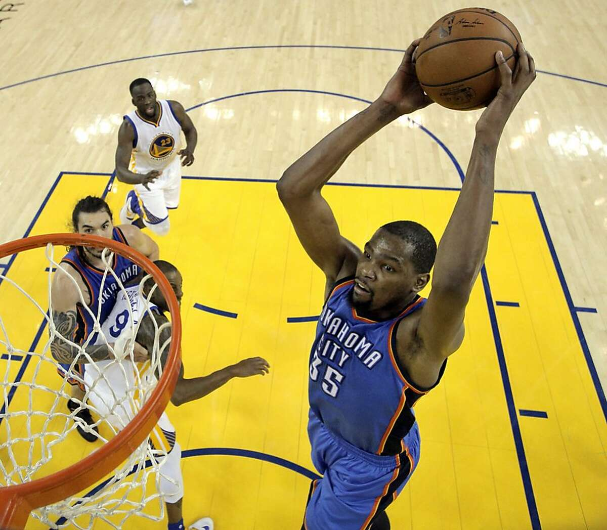 Arriving: Center/forward Kevin Durant from the Oklahoma City Thunder