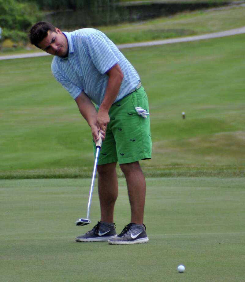 Eric Messina putts on the 9th green during the New York State amateur qualifying tournament at Colonie Golf and Country Club on Tuesday, July 5, 2016 in Voorheesville, N.Y. (Eliza Mineaux/Special to the Times Union) Photo: Eliza Mineaux / 20037234A