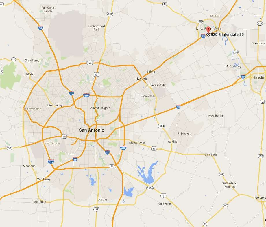 A motorcyclist died on Tuesday after crashing on Interstate 35 in New Braunfels. Photo: Google Maps