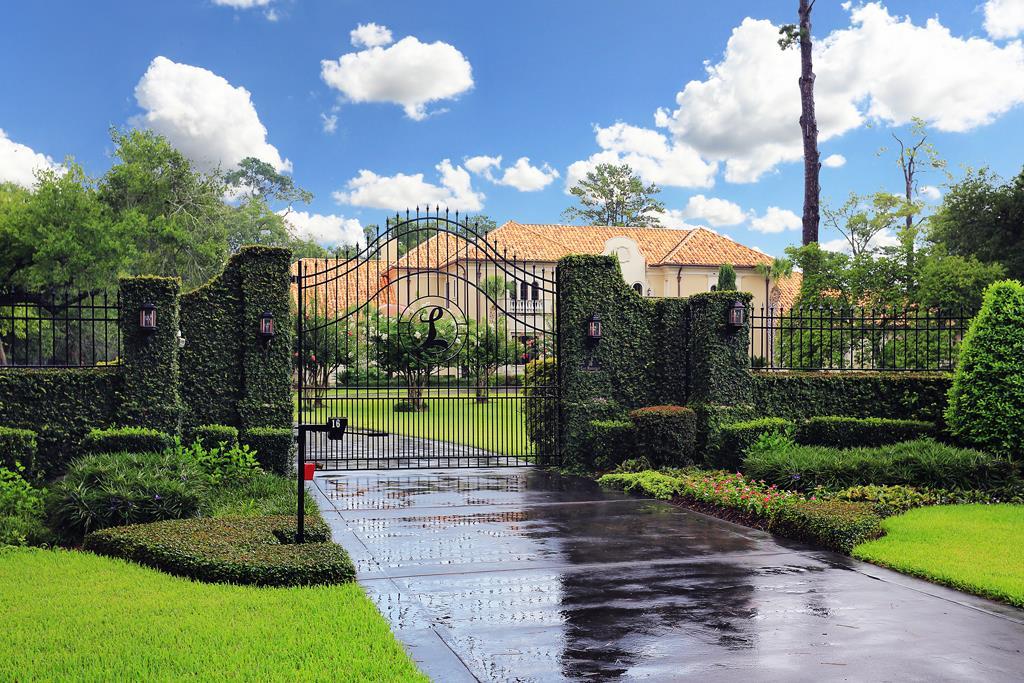Take a tour of multi million dollar houston homes on the for 50 million dollar homes