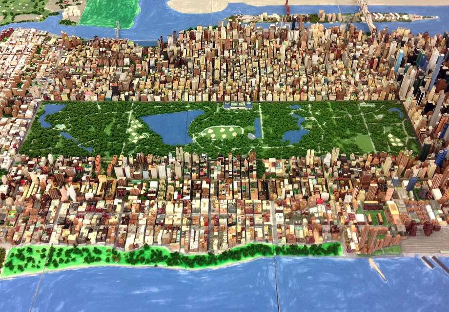 Joe Macken built a giant modle of Manhattan. It will be on display this Sunday at in Viaport Rotterdam from 11 to 6. (Provided)