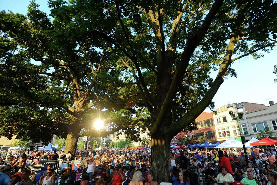 The summer's first Wednesday Nite Live concert, held at Columbus Park every Wednesday through the summer, featured The Temptations. Photographed on Wednesday, July 6, 2016. Photo: Michael Cummo, Hearst Connecticut Media / Stamford Advocate