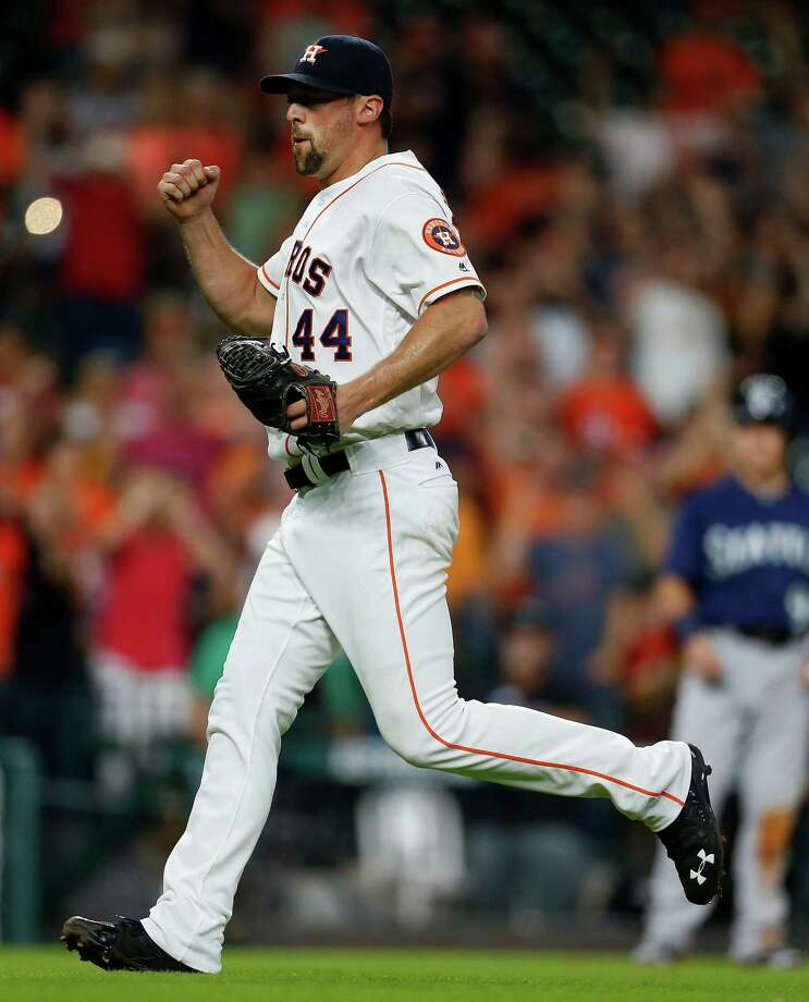 Houston Astros relief pitcher Luke Gregerson (44) reacts after striking out Seattle Mariners Dae-Ho Lee with bases loaded to end the game during an MLB baseball game at Minute Maid Park, Wednesday, July 6, 2016, in Houston. ( Karen Warren  / Houston Chronicle ) Photo: Karen Warren, Staff / © 2016 Houston Chronicle