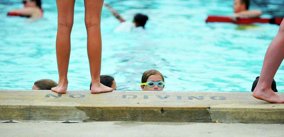 Ny to offer free swimming classes at state parks times union Cost of building a public swimming pool