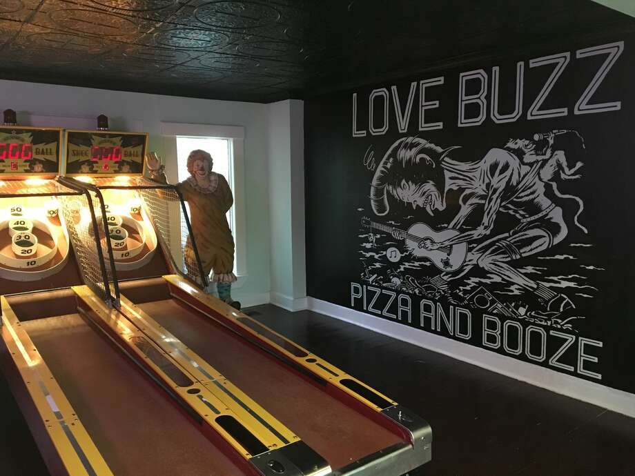 The team behind popular Houston haunts Moon Tower Inn and Voodoo Queen has a new venture called Love Buzz, a Lower Westheimer bar with a selection of beers, mixed drinks, and a lengthy menu of unique pizza options. Love Buzz is expected to be open by mid-July, 2016. Photo: Craig Hlavaty