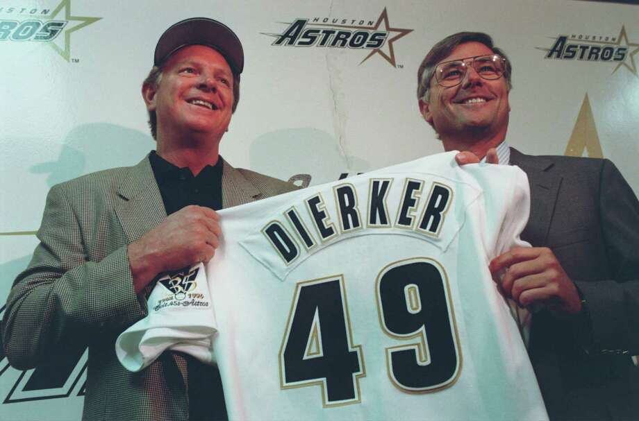 (10/04/96) Larry Dierker jokes at a news conference Friday where it was announced he will become the 12th manager of the Astros in the franchise's 35-year history. Dierker, a former pitcher who played 13 seasons with the Astros, replaces Terry Collins, who was fired Friday. (Carlos Rios/Houston Chronicle). Photo: Carlos Antonio Rios, Houston Chronicle / Houston Chronicle