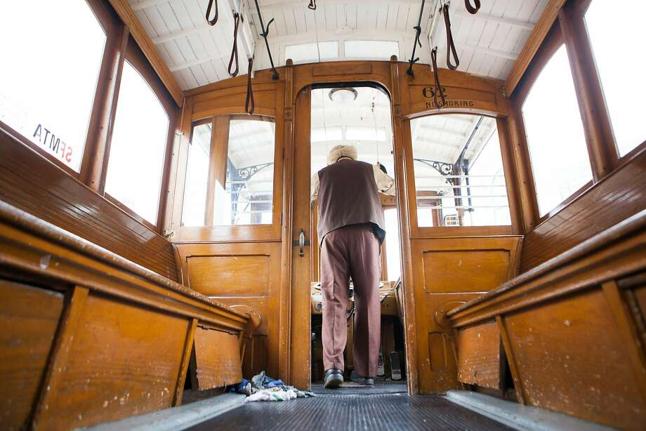 Singh Rai begin his ring off at the 53rd Annual Cable Car Bell Ringing Contest on Thursday, July 7, 2016 in San Francisco, California. Photo: Michael Noble Jr., The Chronicle