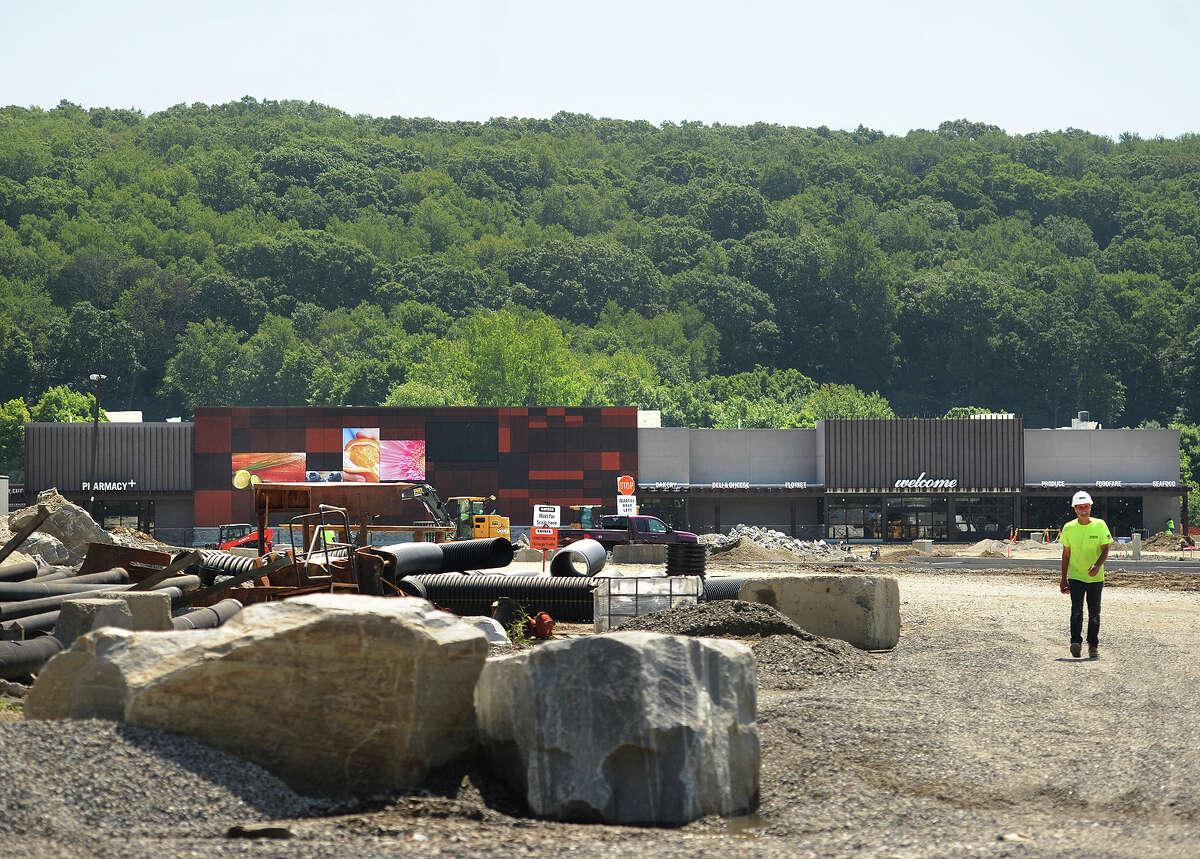 Construction continues on the new Oxford Town Center/Quarry Walk project that includes a new supermarket on Route 67 in Oxford, Conn. on Wednesday, July 6, 2016.