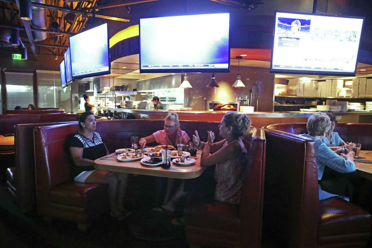 Cover 3 serves Buffalo wings and flatbreads, crisp salads, burgers, seafood and beef.