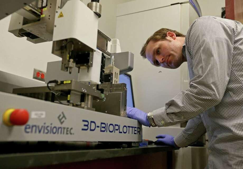 Utsa Researchers Close To Printing 3d Bone Grafts San