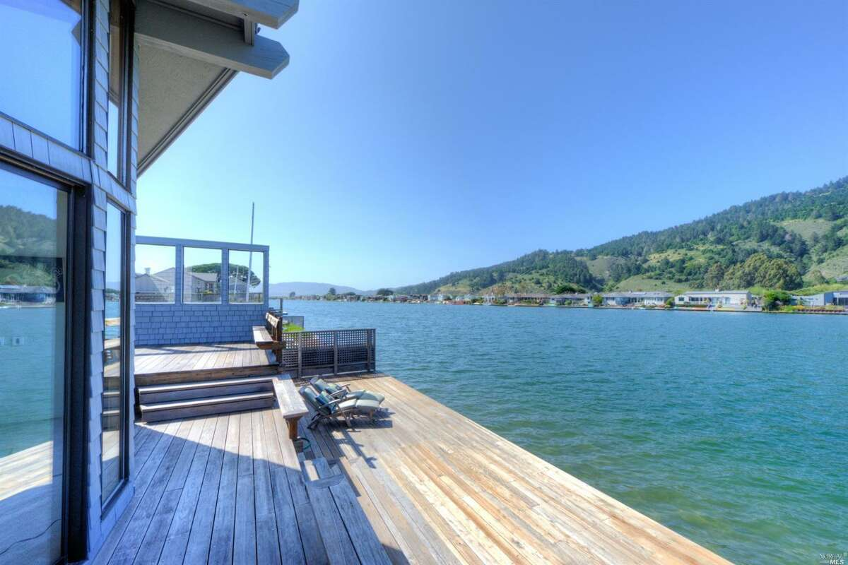 This two-bedroom Stinson Beach home at 121 Seadrift Rd. is set amid the dramatic backdrop of Bolinas Lagoon and Mt. Tamalpais