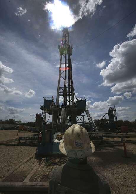 Dallas-based Comerica Bank said Texas economic activity is rising as oil producers become more efficient. Photo: John Davenport /San Antonio Express-News / ©San Antonio Express-News/John Davenport