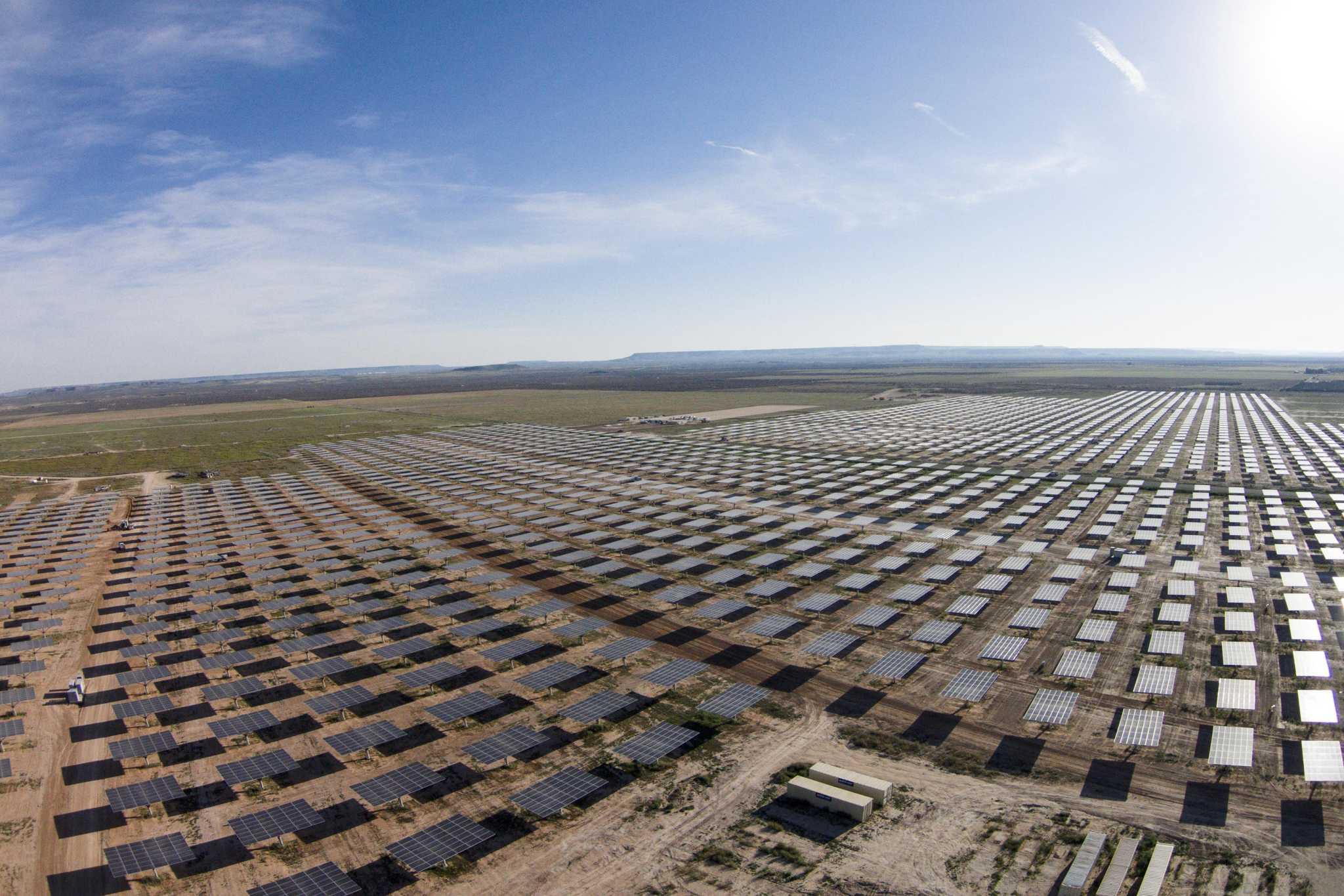 Oci sells alamo 6 solar farm for 385 million san for Solar ranch