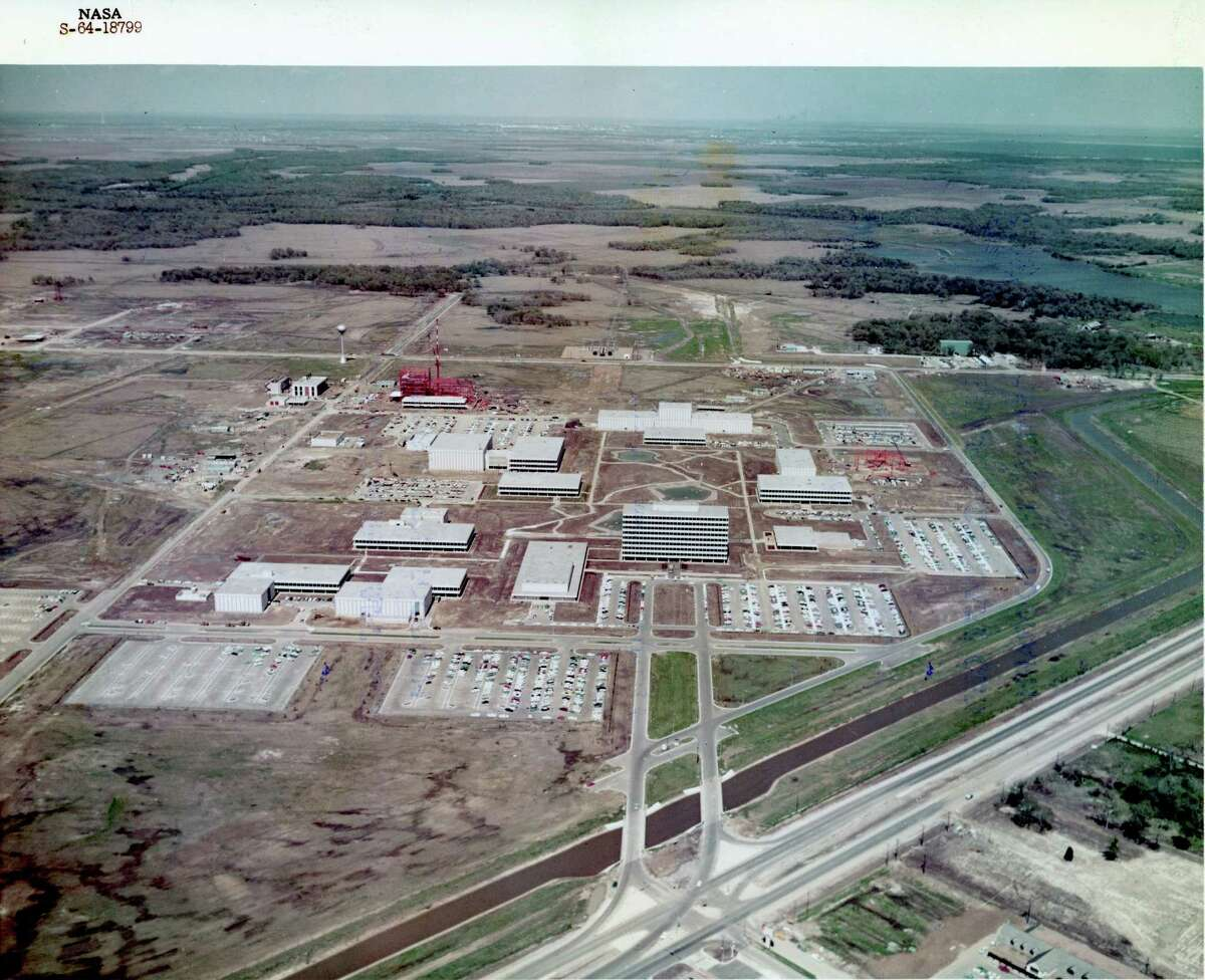 Aerial view of Manned Spacecraft Center. later renamed the Johnson Space Center, in Clear Lake in 1964.