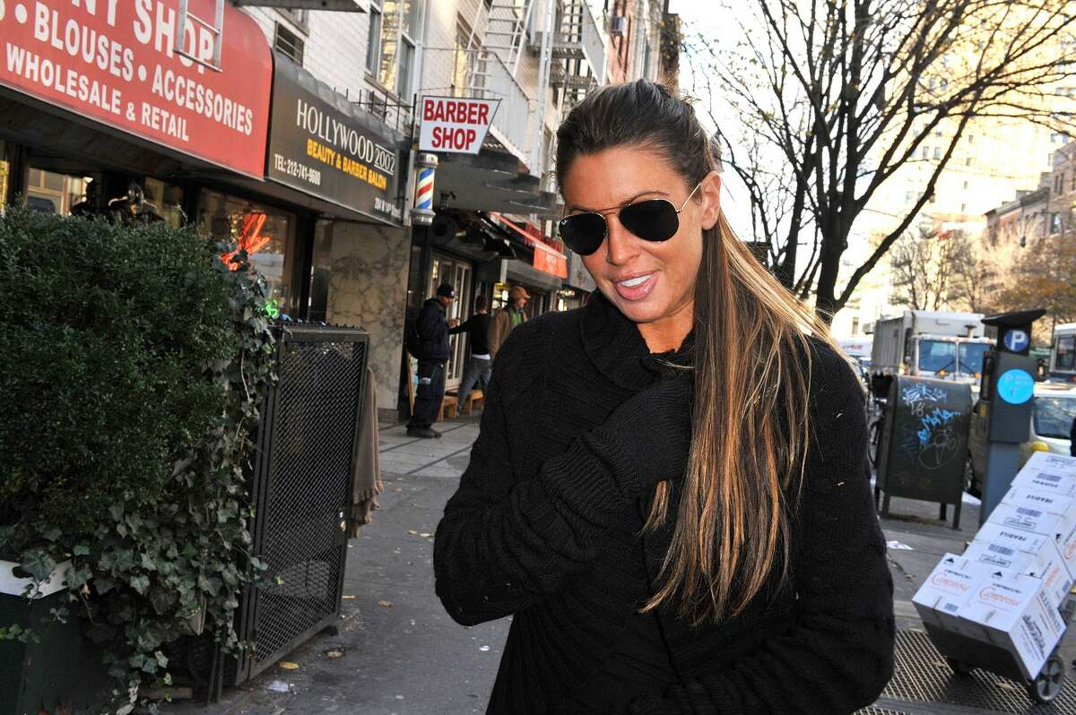 Rachel Uchitel Jeter and Uchitel briefly dated in 2008 before she gained some measure of celebrity when she was named as one of the women having an affair with Tiger Woods.