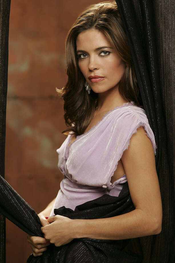 Amelia Heinle stars as Victoria Newman on the daytime drama THE YOUNG AND THE RESTLESS, broadcast weekdays on the CBS Television Network. A new study from EliteSingles showing that, among other things, 47 percent of American singles think that liking The Young and the Restless makes you less attractive. Photo: Robert Voets/CBS©2006 CBS Broadcasting Inc. All Rights Reserved. Photo: ROBERT VOETS / CBS / ©2006 CBS BROADCASTING INC.ALL RIGHTS RESERVED