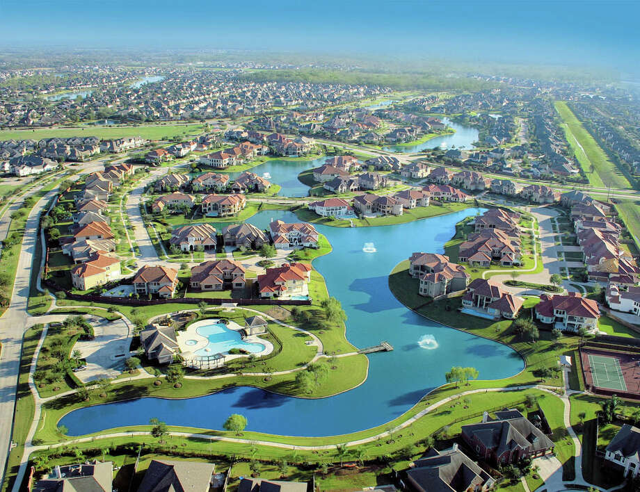 Riverstone, a 3,700-acre community by the Johnson Development in Fort Bend County, reported 231 home sales through the first half of the year, compared with 347 during the first half of 2015. Photo: Johnson Development Corp.