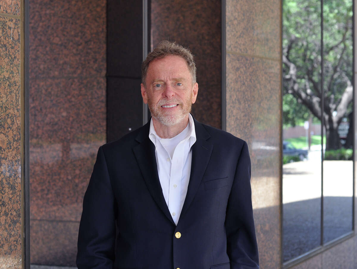 Ian Pierce has been named vice president of communications for The Weitzman Group/Cencor Realty Service.