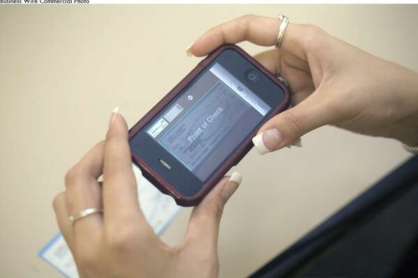 USAA mobile app now allows visually impaired users to