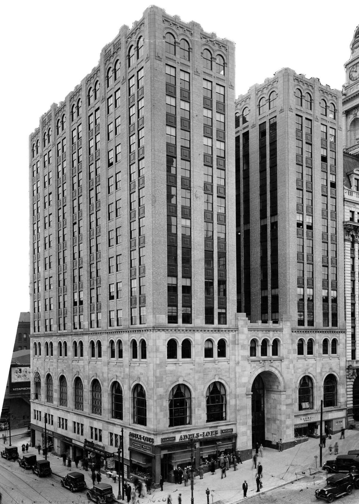 National Savings Bank in Albany. Taken by Glen S. Cook. Date taken approx. 1930's based on cars in photo.