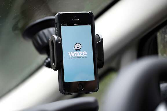 Google's carpooling service, which is being offered via Google's Waze navigation app, aims to connect commuters who need a ride with drivers who can supply one. MUST CREDIT: Chris Ratcliffe, Bloomberg.