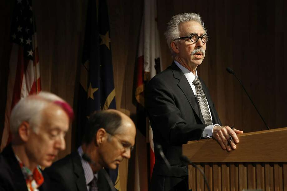 """UC Berkeley paid more than $200,000 to  improve Chancellor Nicholas Dirks' """"strategic profile nationally and  internationally.""""                                       Photo: Michael Macor, The Chronicle"""