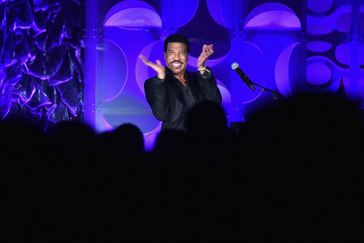 NEW YORK, NY - JUNE 09: Musician Lionel Richie performs onstage during the Songwriters Hall Of Fame 47th Annual Induction And Awards at Marriott Marquis Hotel on June 9, 2016 in New York City. (Photo by Theo Wargo/Getty Images for Songwriters Hall Of Fame )