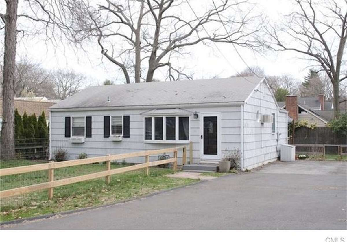 10 Catherine St, Darien, CT 06820 Price: $479,000 3 beds 1 bath, 984 sqft Features: One-floor ranch accompanied by level lot, hardwood flooring, fencing around the property View full listing on Zillow